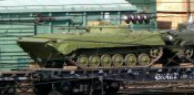 Quyết hạ gục IS tại Deir Ezzor, Nga ùn ùn chở tăng thiết giáp tới Syria ảnh 2
