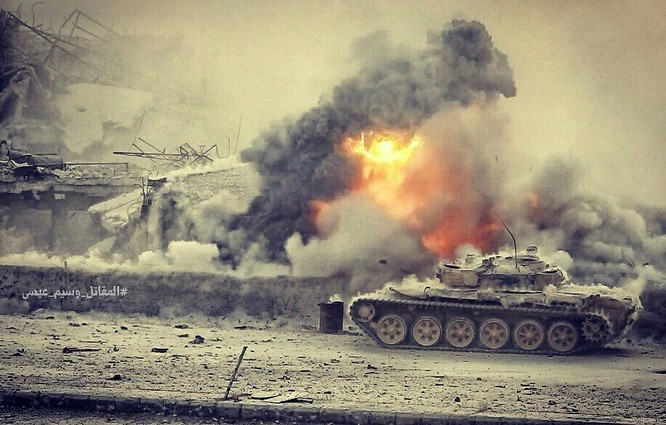 Hỏa lực Syria tấn công dữ dội phiến quân thánh chiến ven Damascus (video - ảnh) ảnh 4