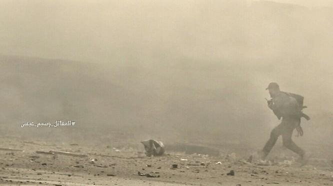 Hỏa lực Syria tấn công dữ dội phiến quân thánh chiến ven Damascus (video - ảnh) ảnh 7