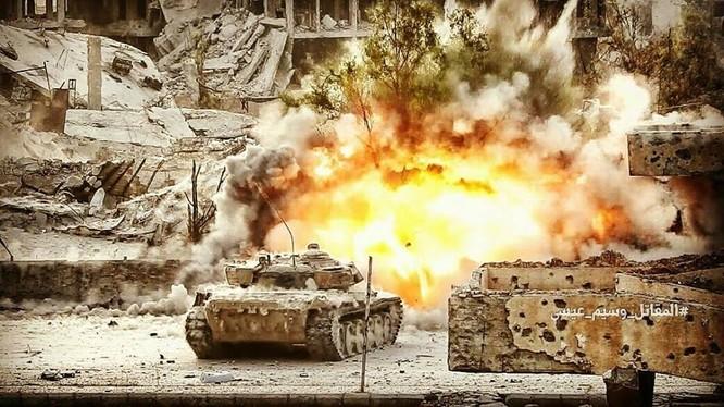 Hỏa lực Syria tấn công dữ dội phiến quân thánh chiến ven Damascus (video - ảnh) ảnh 8