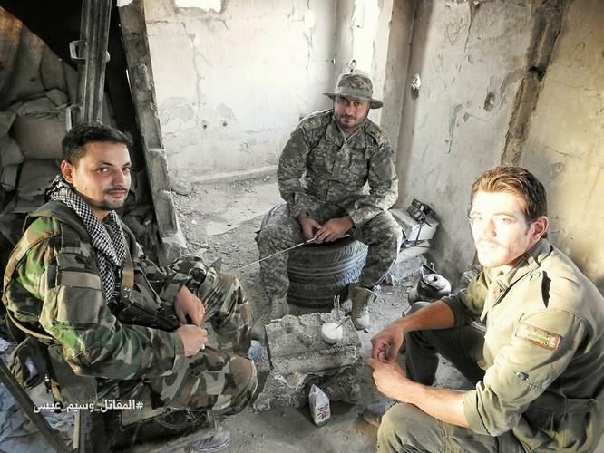 Hỏa lực Syria tấn công dữ dội phiến quân thánh chiến ven Damascus (video - ảnh) ảnh 13