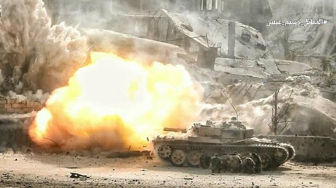 Hỏa lực Syria tấn công dữ dội phiến quân thánh chiến ven Damascus (video - ảnh) ảnh 15