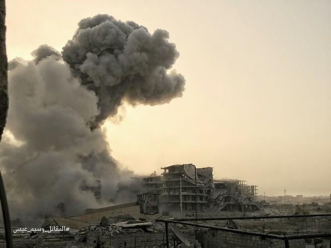 Hỏa lực Syria tấn công dữ dội phiến quân thánh chiến ven Damascus (video - ảnh) ảnh 16