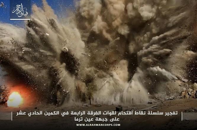 Quân Syria hứng thất bại khủng khiếp tại chiến trường ven Damascus ảnh 3