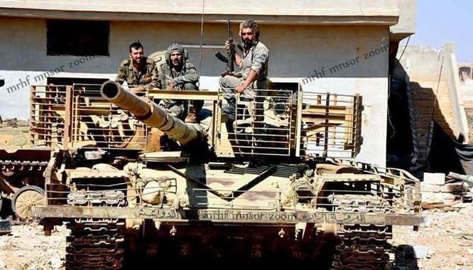 Chảo lửa Homs sôi sục, IS quyết kéo quân đội Syria khỏi Deir Ezzor ảnh 4