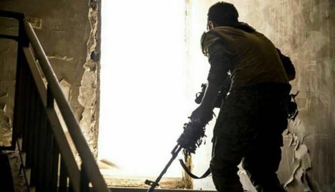 Syria: Người Kurd ngừng đánh IS ở Raqqa, đua chiếm Deir Ezzor với quân Assad ảnh 1