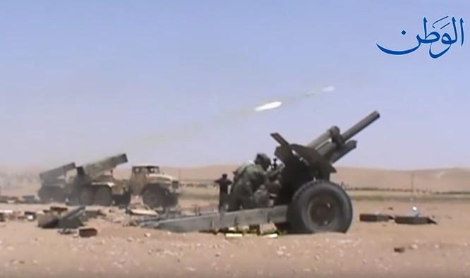 """""""Hổ Syria"""" xung trận đánh chiếm sào huyệt IS tại Deir Ezzor (video) ảnh 3"""