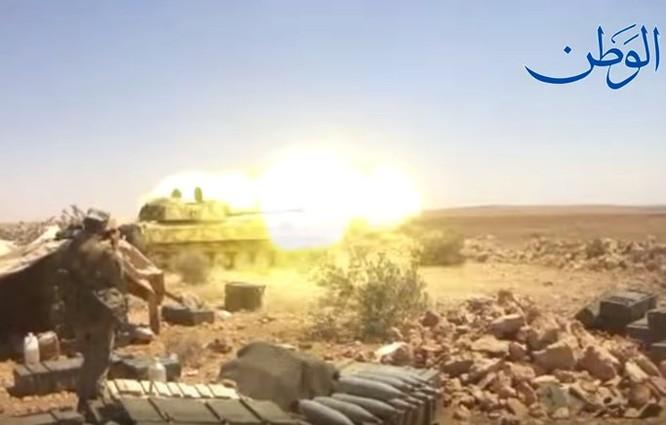 """""""Hổ Syria"""" xung trận đánh chiếm sào huyệt IS tại Deir Ezzor (video) ảnh 4"""
