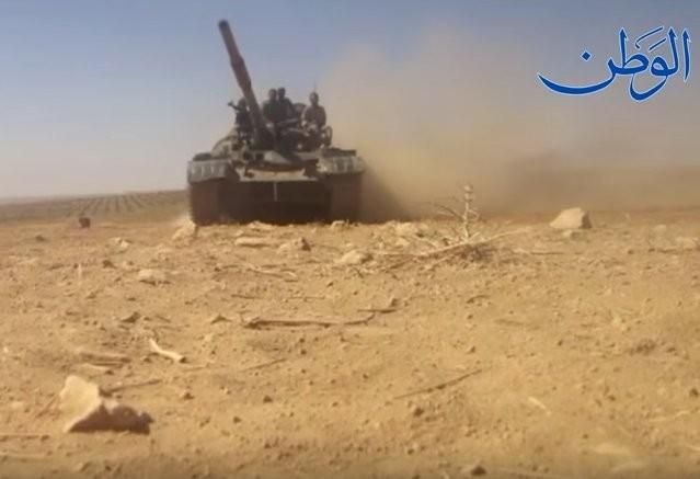 """""""Hổ Syria"""" xung trận đánh chiếm sào huyệt IS tại Deir Ezzor (video) ảnh 5"""