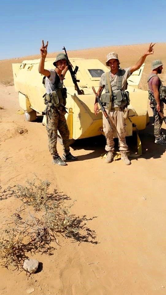 """""""Hổ Syria"""" xung trận đánh chiếm sào huyệt IS tại Deir Ezzor (video) ảnh 7"""