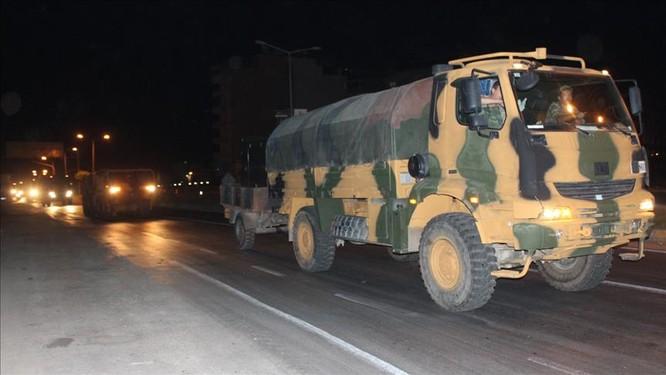 Thổ Nhĩ Kỳ điều binh vào lãnh thổ Syria, liên thủ với phiến quân khủng bố (video) ảnh 2