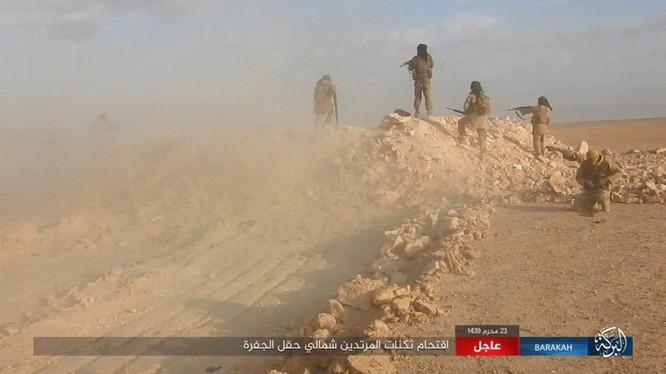 IS đột ngột tung đòn tấn công người Kurd tại Deir Ezzor ảnh 14