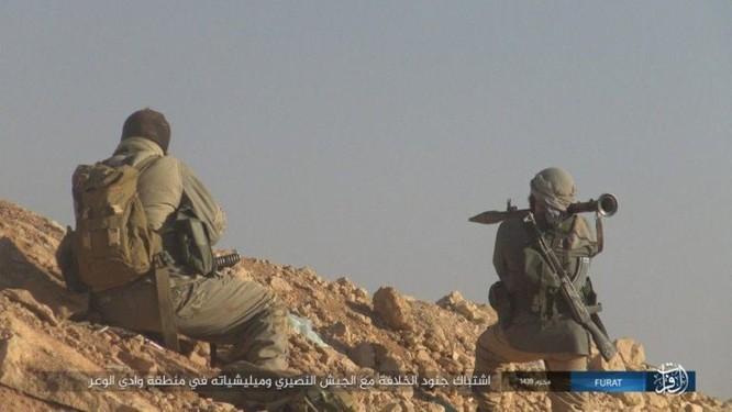 IS khiến quân đội Syria sa lầy tại mặt trận nam Deir Ezzor ảnh 1