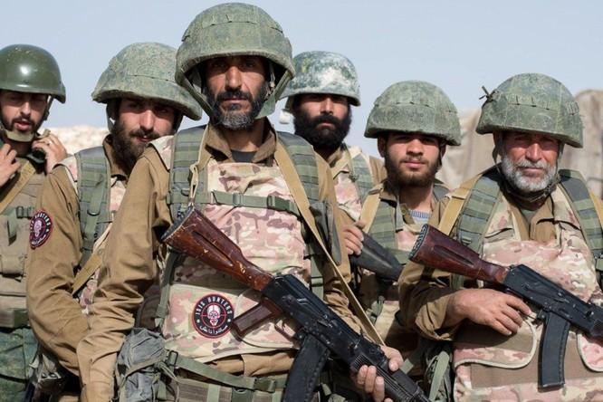 """Đặc nhiệm Săn IS tiến đánh IS, người Kurd """"đâm sau lưng"""" quân đội Syria (video) ảnh 3"""