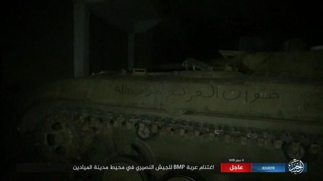 IS tấn công phá hủy kho đạn, bắt sống xe tăng T-90 Syria ảnh 2