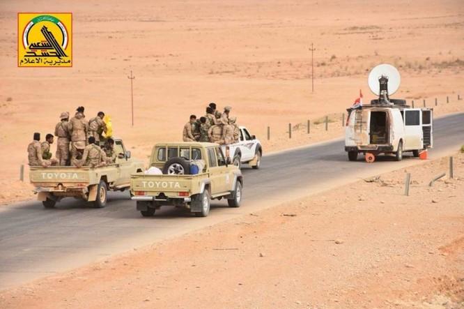 IS thua liểng xiểng, bị quân đội Iraq quét sạch khỏi 21.000 km2 lãnh thổ ảnh 7
