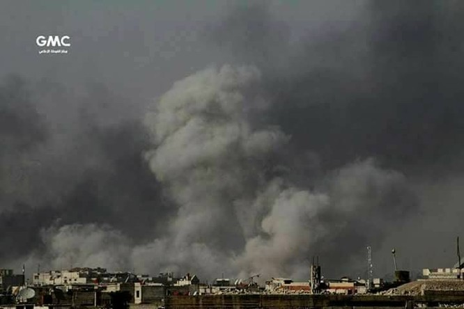 Nga không kích dồn dập buộc phiến quân ven Damascus ngừng bắn ảnh 1