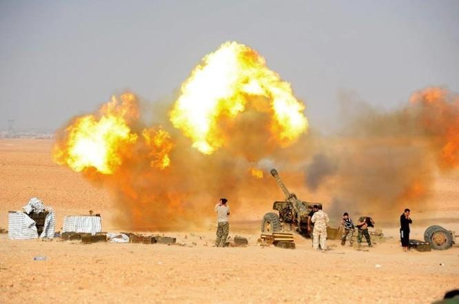 Quân đội Syria đánh phá ác liệt IS cố thủ sào huyệt al-Bukamal ảnh 2