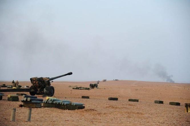 Quân đội Syria đánh phá ác liệt IS cố thủ sào huyệt al-Bukamal ảnh 4