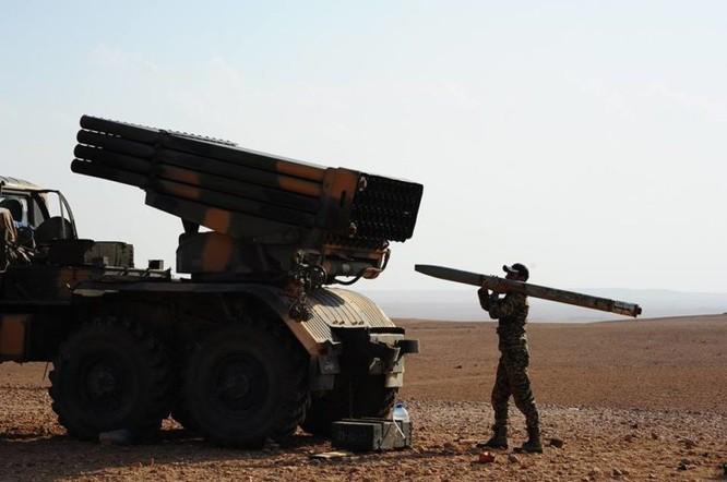 Quân đội Syria đánh phá ác liệt IS cố thủ sào huyệt al-Bukamal ảnh 6