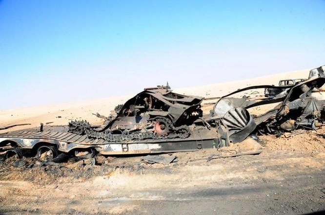 Quân đội Syria đánh phá ác liệt IS cố thủ sào huyệt al-Bukamal ảnh 10