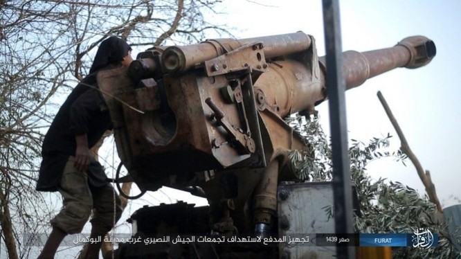 Liên quân Syria tung đòn tiêu diệt IS tại tử địa Albukamal (video) ảnh 2