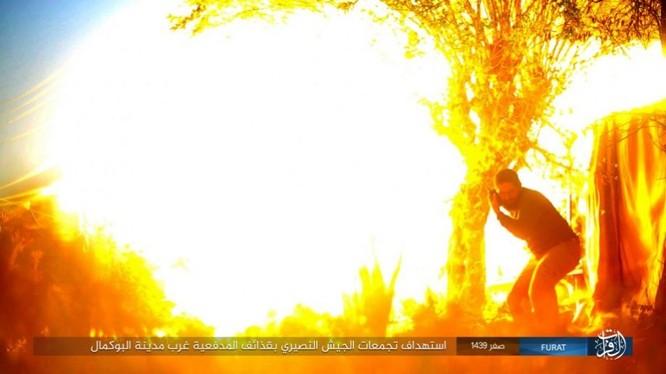 Liên quân Syria tung đòn tiêu diệt IS tại tử địa Albukamal (video) ảnh 4