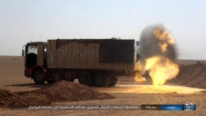 Liên quân Syria tung đòn tiêu diệt IS tại tử địa Albukamal (video) ảnh 6
