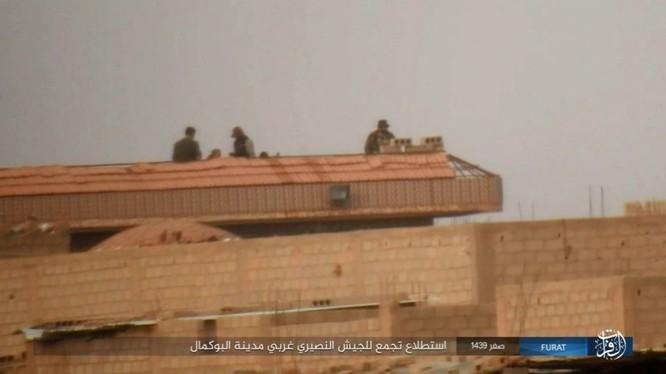 Liên quân Syria tung đòn tiêu diệt IS tại tử địa Albukamal (video) ảnh 12