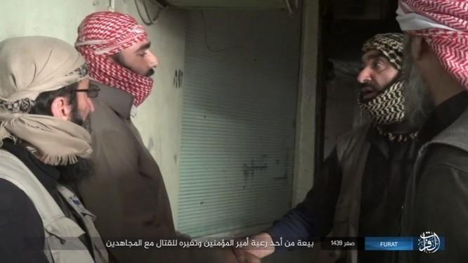 Liên quân Syria tung đòn tiêu diệt IS tại tử địa Albukamal (video) ảnh 16