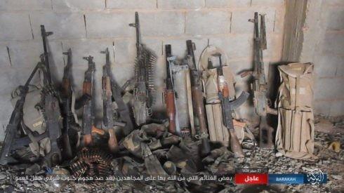 IS nã pháo phản lực giáng trả người Kurd càn quét Euphrates ảnh 3