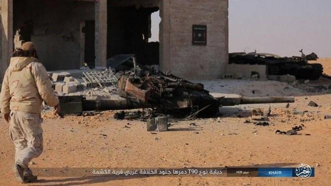 """""""Hổ Syria"""" bóc mẽ chiến tích diệt T-90 của IS ảnh 1"""