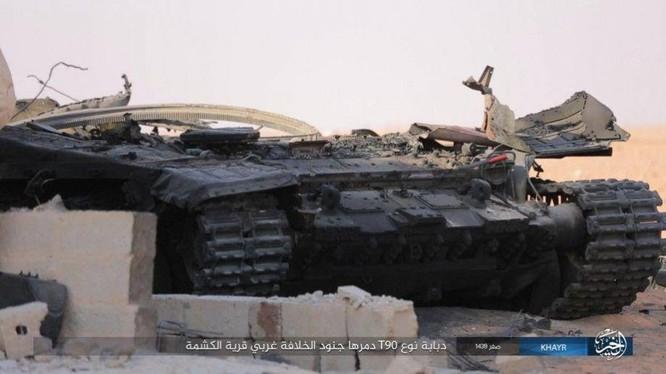 """""""Hổ Syria"""" bóc mẽ chiến tích diệt T-90 của IS ảnh 3"""