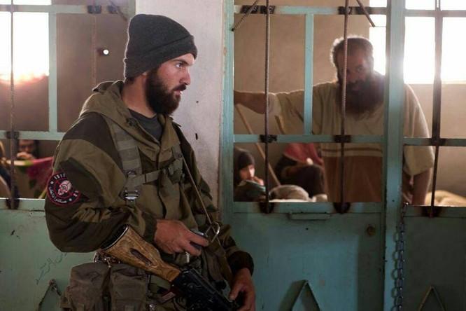 """Chiến sự Syria: Đặc nhiệm """"Săn IS"""" bắt sống 250 phiến quân IS ảnh 8"""