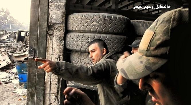 Chiến sự Syria: Quân Assad phản công tái chiếm địa bàn ngoại vi Damascus ảnh 2