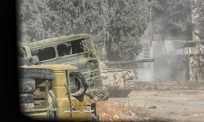 Chiến sự Syria: Quân Assad phản công tái chiếm địa bàn ngoại vi Damascus ảnh 3
