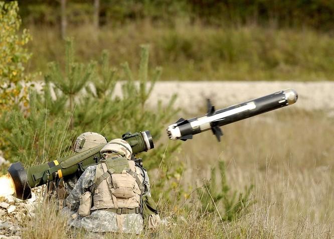 """Kích Ukraine """"tất tay"""" với Nga, Mỹ thúc đẩy cấp tên lửa Javenlin ảnh 1"""