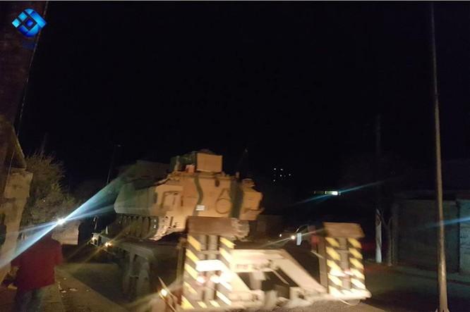 Người Kurd Syria bị pháo kích, Thổ Nhĩ Kỳ tăng quân sẵn sàng tấn công ảnh 4