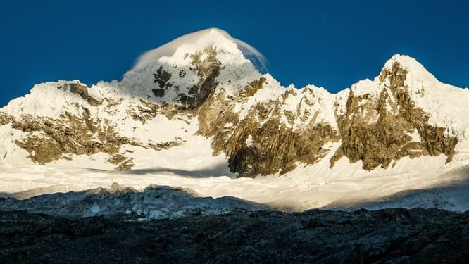 Từ Matterhorn đến Kilimanjiro, những ngọn núi đẹp sửng sốt bậc nhất thế giới ảnh 11