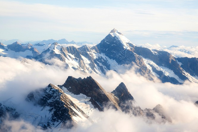Từ Matterhorn đến Kilimanjiro, những ngọn núi đẹp sửng sốt bậc nhất thế giới ảnh 14