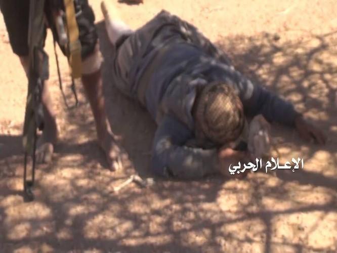 Liên quân Ả rập Xê út kích chiến phiến quân Houthi, dân Yemen đối mặt thảm họa ảnh 6