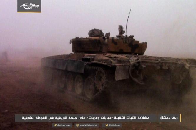 Quân đội Syria phản kích chọc thủng vòng vây tại ven Damascus ảnh 2