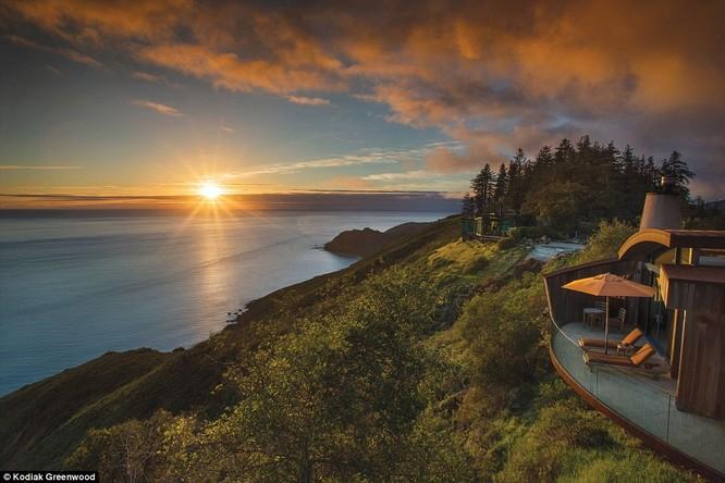 """""""Đột nhập"""" khách sạn lãng mạn bậc nhất thế giới nằm trên bờ Tây nước Mỹ ảnh 2"""