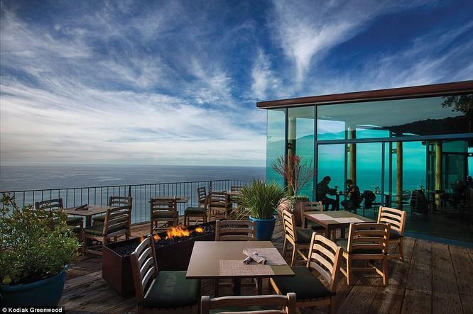"""""""Đột nhập"""" khách sạn lãng mạn bậc nhất thế giới nằm trên bờ Tây nước Mỹ ảnh 12"""