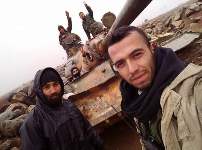 Quân đội Syria ồ ạt chiếm loạt cứ địa, khủng bố bắt đầu tháo chạy ở Idlib ảnh 2