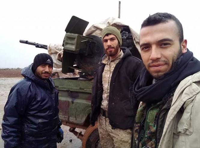 Quân đội Syria ồ ạt chiếm loạt cứ địa, khủng bố bắt đầu tháo chạy ở Idlib ảnh 3