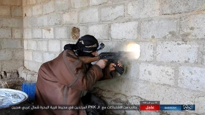 IS đánh du kích, giáng đòn đau người Kurd trên chiến trường Deir Ezzor ảnh 2