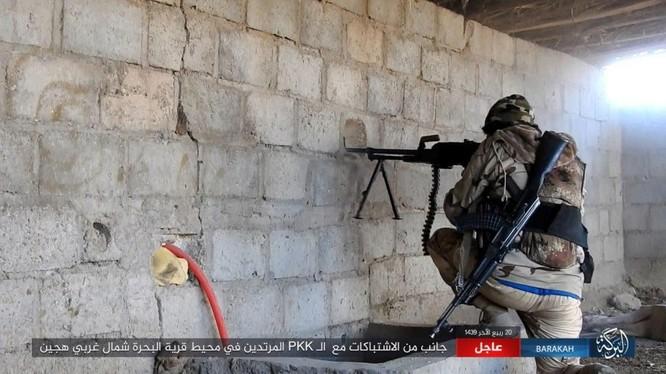 IS đánh du kích, giáng đòn đau người Kurd trên chiến trường Deir Ezzor ảnh 3