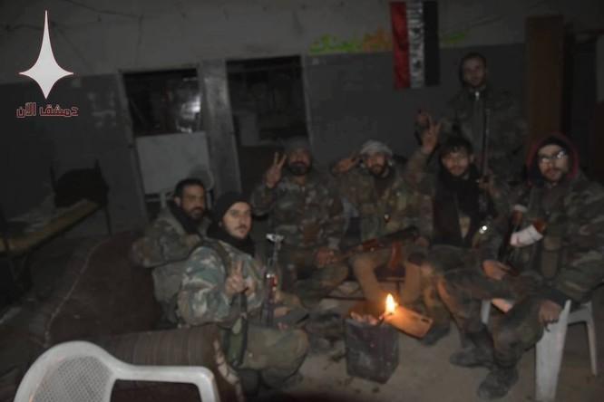 Quân đội Syria nã hàng trăm tên lửa diệt phiến quân ở tử địa Đông Ghouta ảnh 3