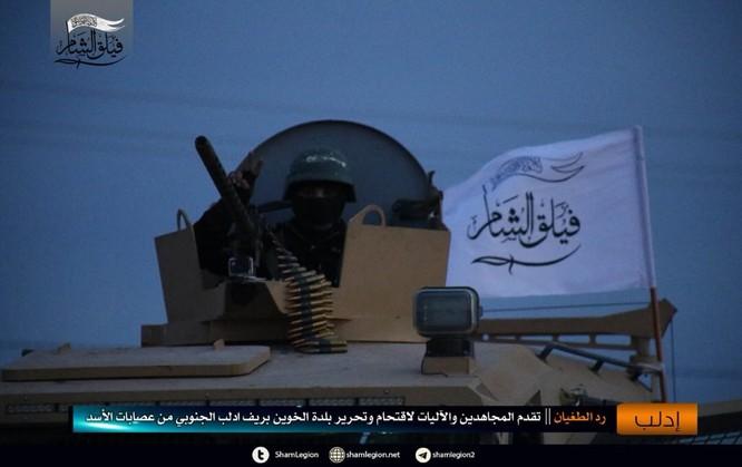Phiến quân thánh chiến tấn công quân đội Syria ở Idlib, hỗ trợ Al-Qaeda ảnh 4